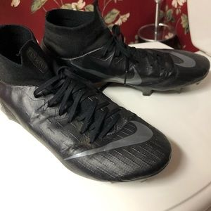Nike Flynit Soccer Cleats